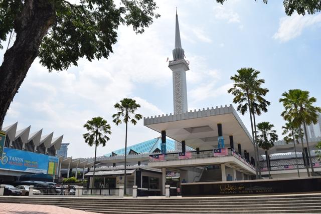 National Mosque - entrance